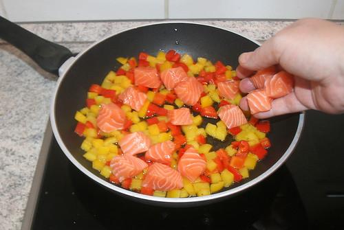 31 - Lachswürfel addieren / Add salmon