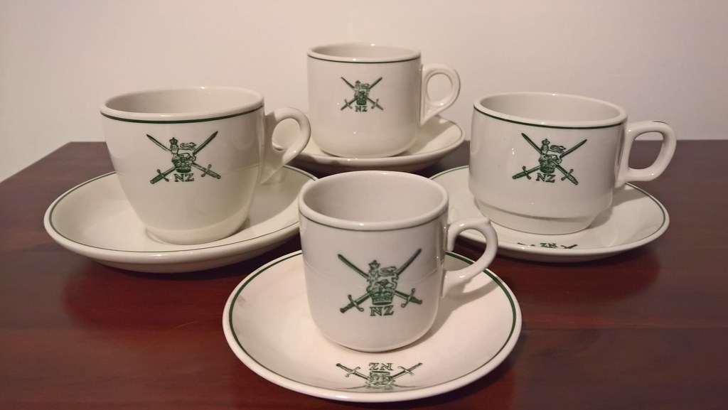 NZ Army cups - how many different styles? 29097055221_463bbc2043_b