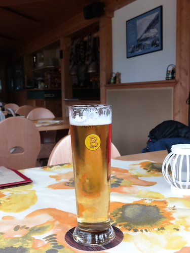 Großes Bier vom Liechtensteiner Brauhaus Krona (im Berggasthaus Sücka, Liechtenstein)