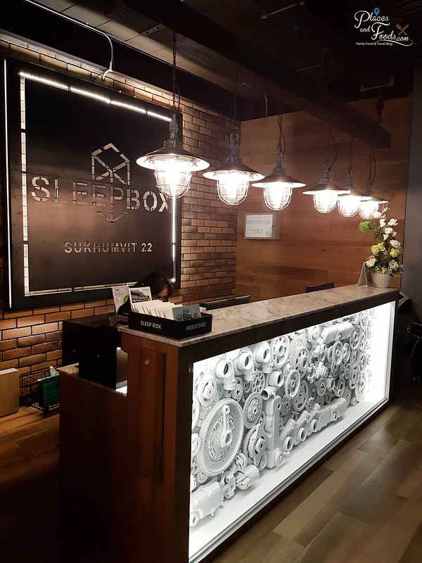 sleepbox sukhumvit 22 lobby