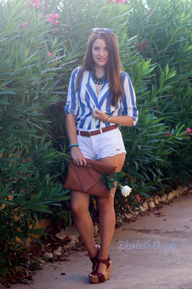 shorts zara clutch pull and bear camisa marinera azul y blanca blusa cuñas marrones marypaz gafas sol tommy hilfiger (5)