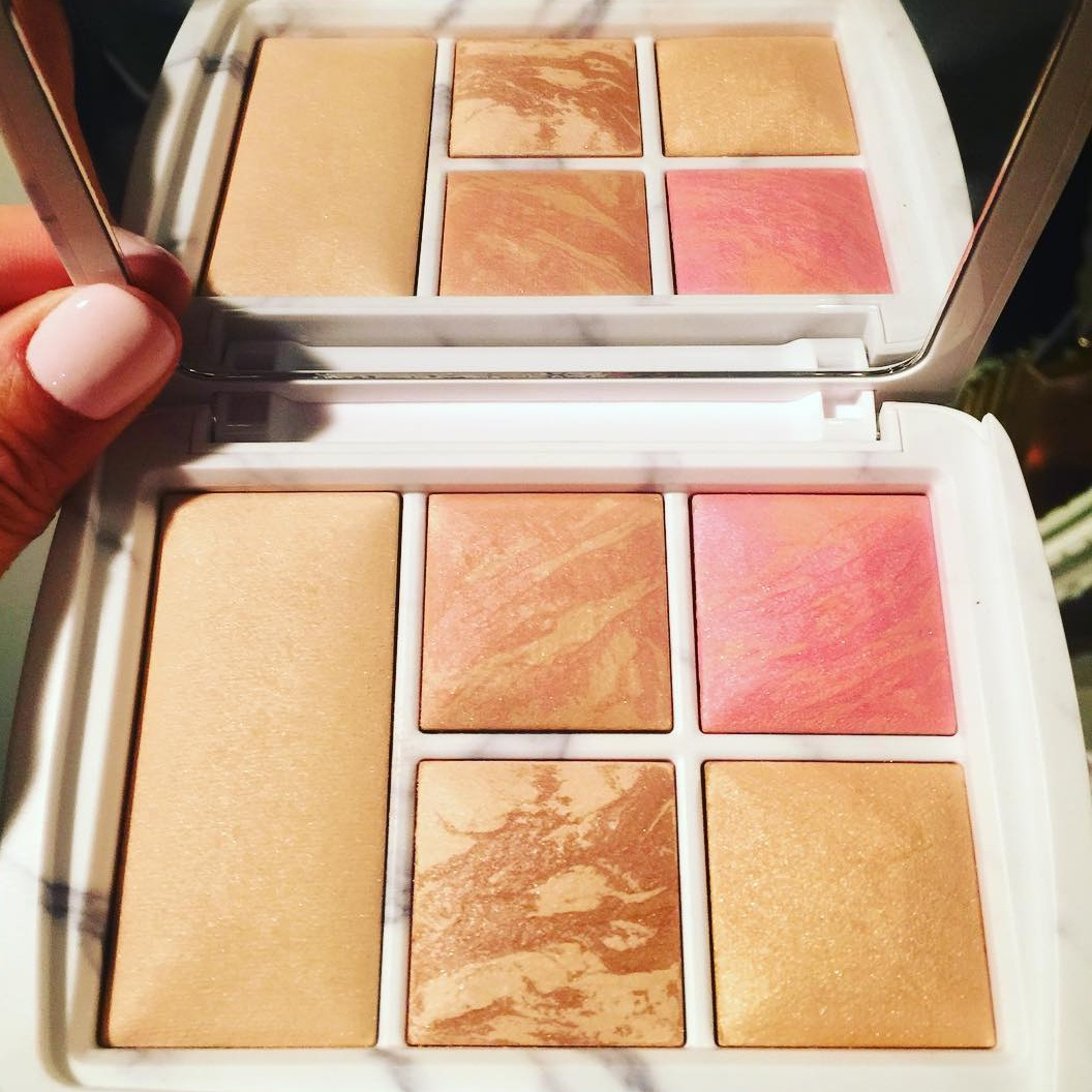 Hourglass Surreal Light Palette for Holiday 2016