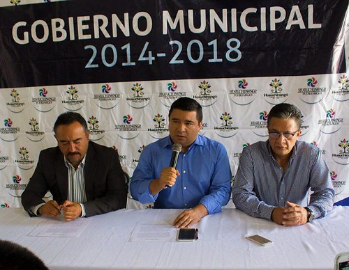 alcalde conferencia huauchi
