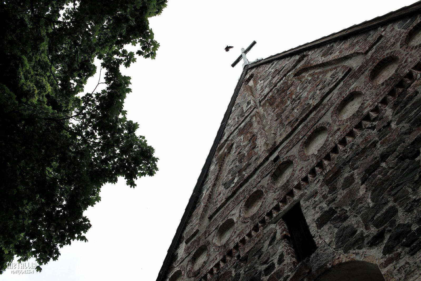 saariston rengastie, nauvo, nauvon kivikirkko, keskiaikaiset kirkot