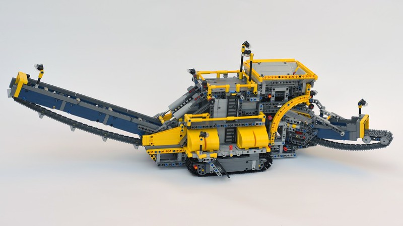 lego technic 42055 bucket wheel excavator review. Black Bedroom Furniture Sets. Home Design Ideas