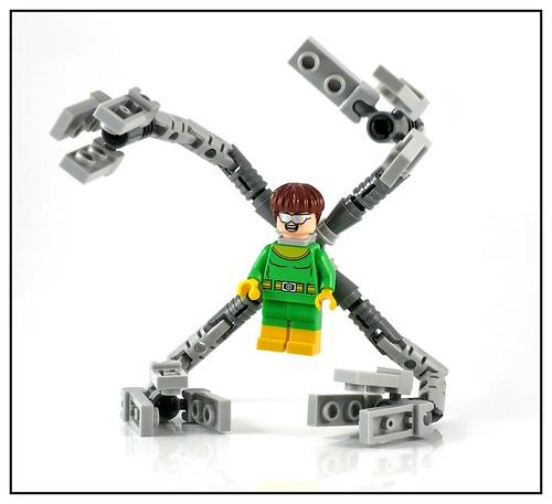 LEGO Marvel Super Heroes 76059 Spider-Man Doc Ock's Tentacle Trap 17