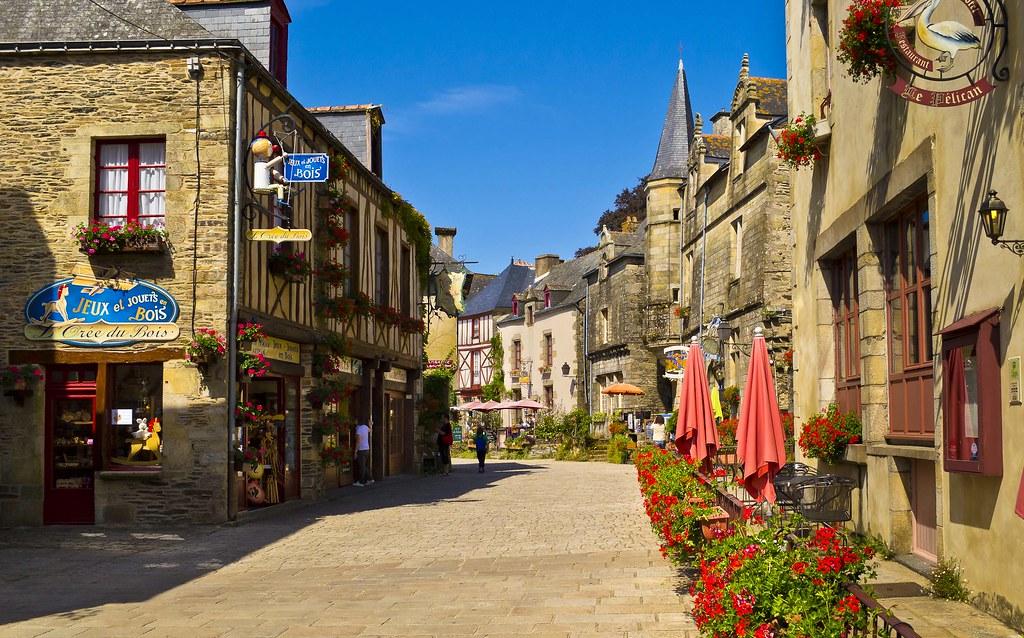 Morbihan_Rochefort-en-terre_Petite cité de caractère