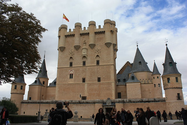 Seogovia alcazar is a must have stop during a day trip to Segovia. This is the front, with turreted bastions