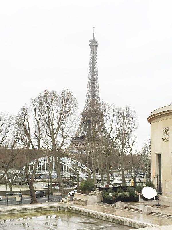 ⑩エッフェル塔 パリ