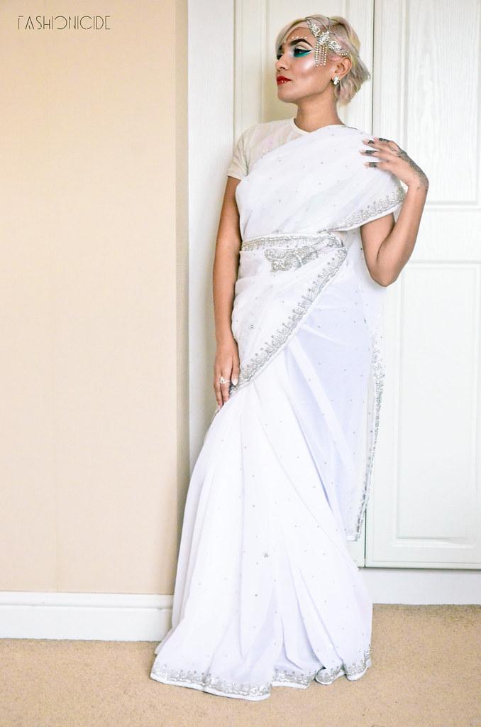 White Silver Sari Eid 3_