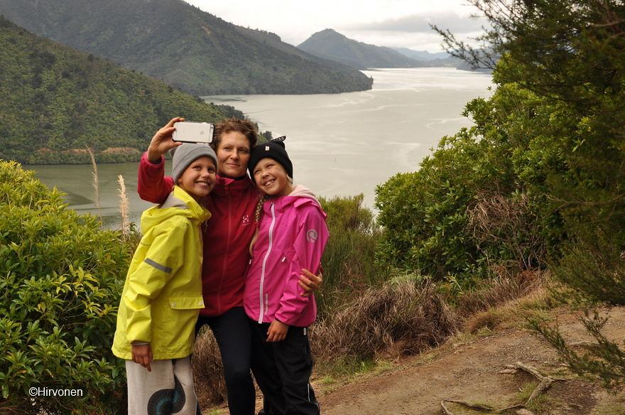 20160612-120206-NZ