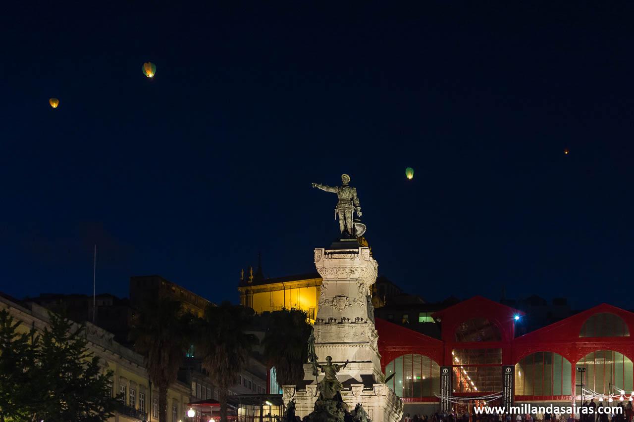 El Infante Dom Henrique, atónito ante el vuelo de tantos globos