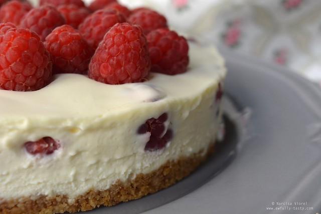 cheesecake cu zmeura fara coacere