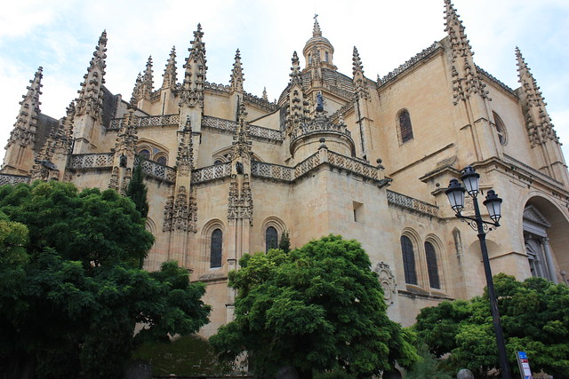 Segovia day trip highlight: a stop at the cathedral. Detail of the outside