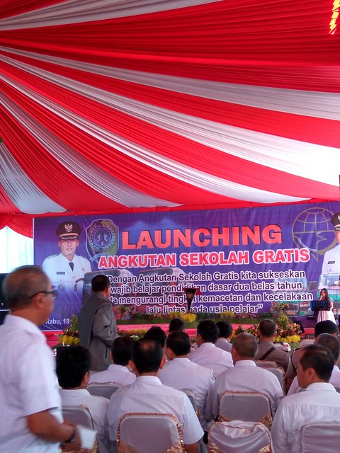 Suasana Launching Angkutan Sekolah Gratis(19/10)