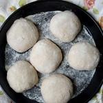 Focaccias with red lentil flour