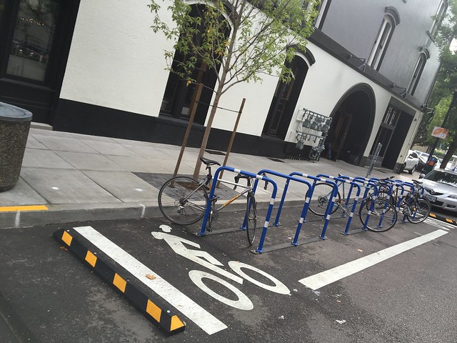 Bike parking at Pine St Market