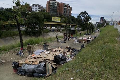 SOBREVIVIENTES DE VENEZUELA20161013    JACOB ATIRCOPY OSORIO  0062