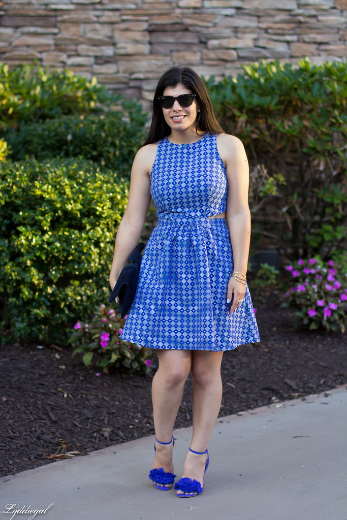 blue print cutout dress, fringe pumps, clare v clutch-7.jpg