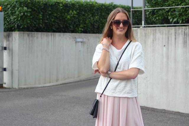 midi-skirt-details-wmbg