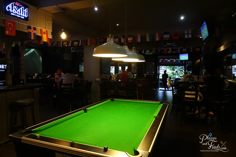 chapter one pool table