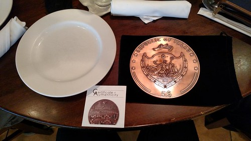 Palau giant coin and plate