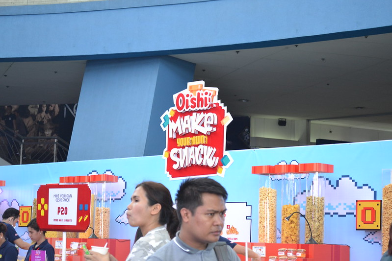 #OishiSnacktacular 2016