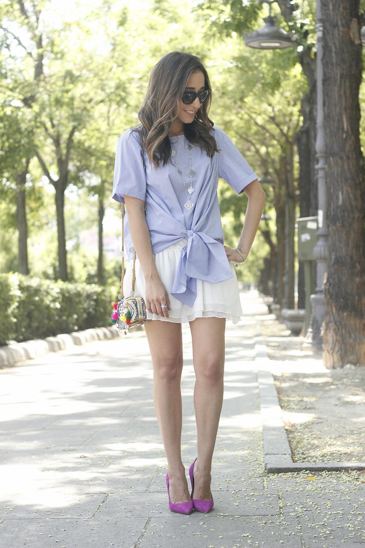Knotted striped shirt white skirt brosway jewels summer outfit carolina herrera heelsfashion style03