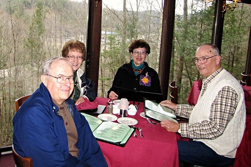 IMG_1997b_Greenbrier_Restaurant_with_Dave_&_Kay