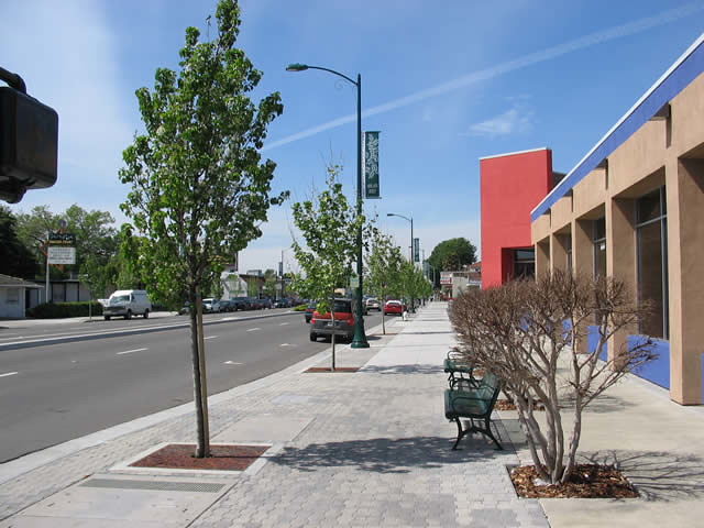 East 14th Street / Mission Blvd Streetscape