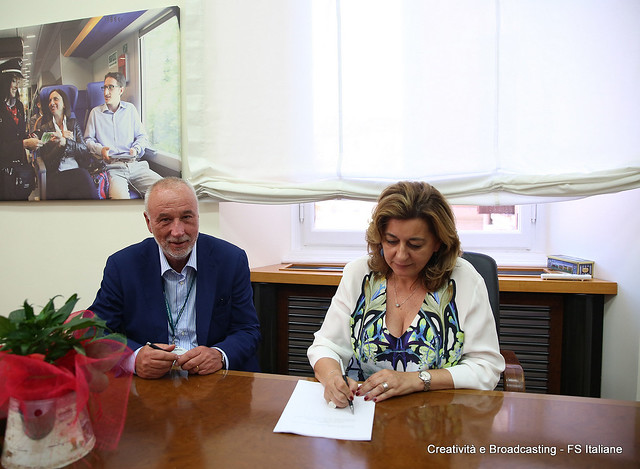 Firma dei contratti di fornitura con Hitachi Rail Italy e Alstom