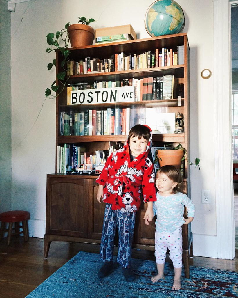 "Took a picture of the kids to show @sailor3640 they need new handmade  robes and inadvertently got a shot of our ""new"" mid century hutch. #furniture #midcentury #danish #vintage #somebodyclothethosechildren #thanksmom #instaluther #instasinclair"