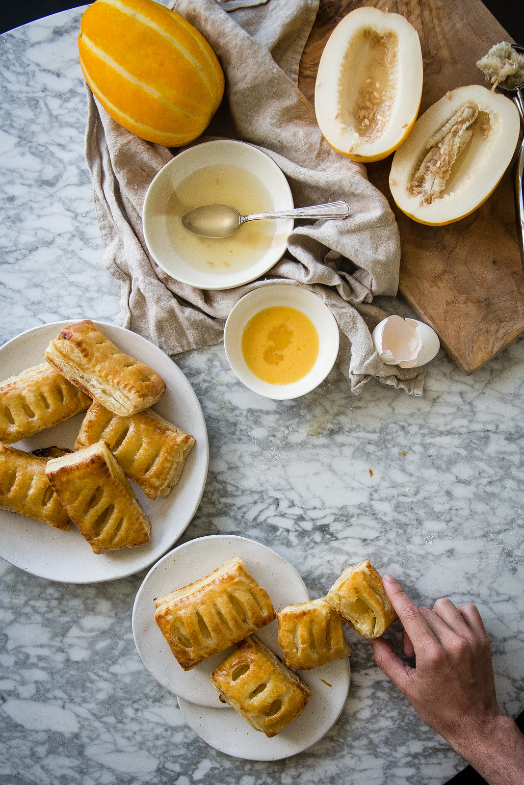 melon & cream cheese pastries (with chamoe) | two red bowls
