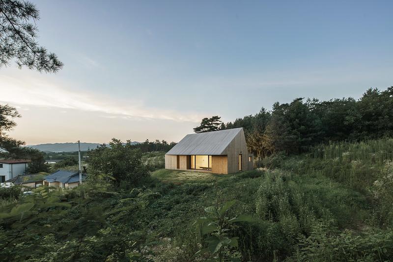 Современный провинциальный дом. Проект stpmj