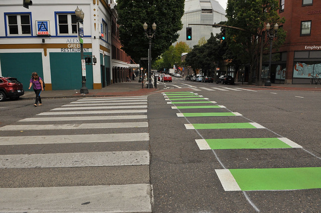 New bikeway on SW 2nd Avenue-32.jpg