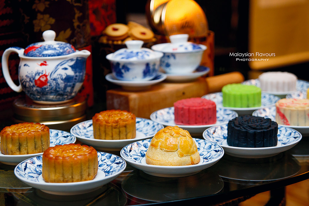InterContinental Hotel KL Exquisite Mooncakes for Mid-Autumn 2016