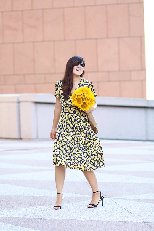 simplyxclassic, miriam gin, banana republic, floral dress, wrap dress, flattering, korean girl, blogger, fashion, lifestyle, most flattering dress