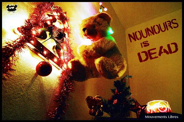 Nounours is dead_Pendu-De-Noel
