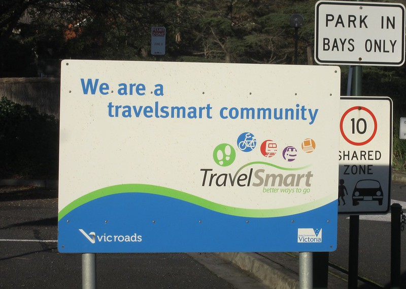 TravelSmart sign outside Vicroads, Kew