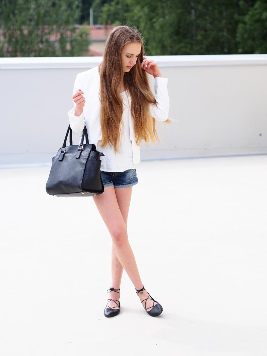 fashion basics for summer