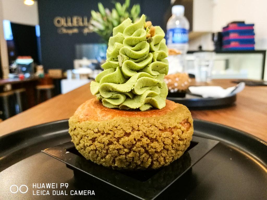 Choux Puffs: Chouquette by Ollella