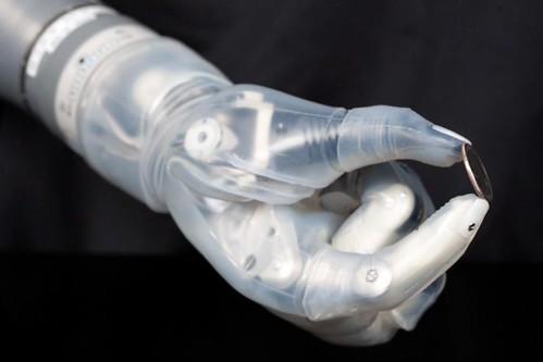 Пальцы бионической рки LUKE Arm