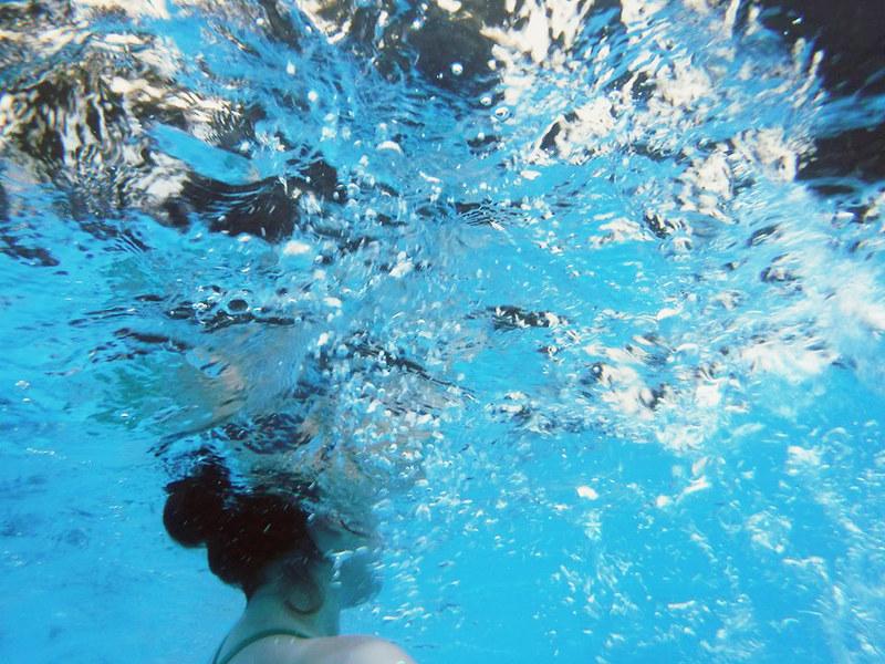 debaixo de água