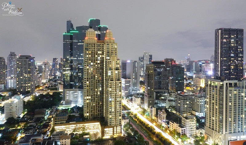 zoom at sathorn night view