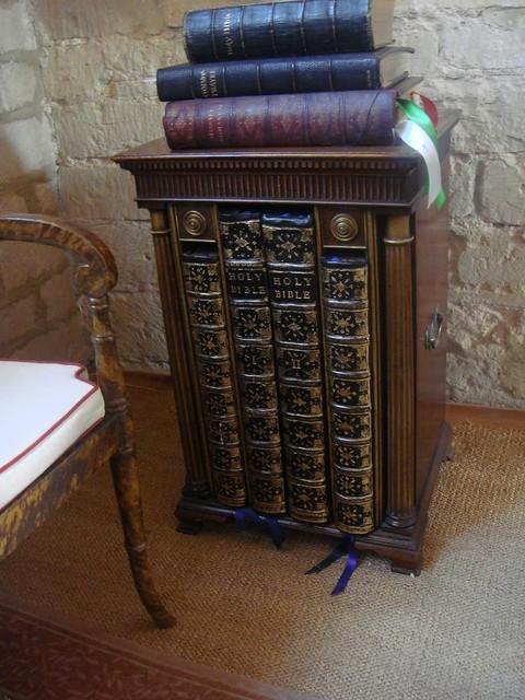 Markenfeld Hall Bedroom Bibles