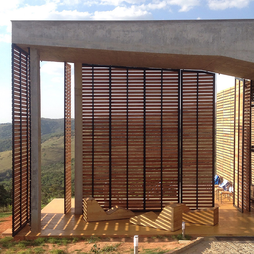 Дом в саванне Бразилии. Проект Vazio S/A