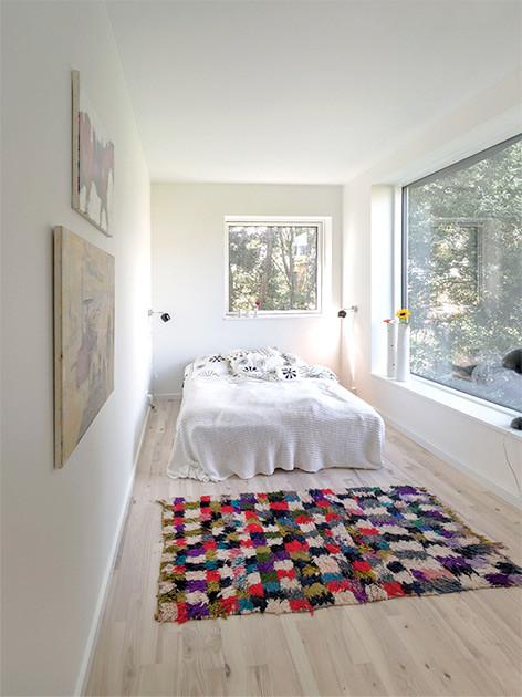 Спальня в доме из контейнеров в Дании. Проект бюро Arcgensy
