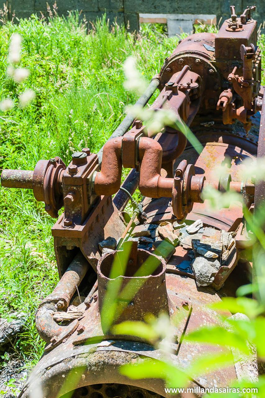 La locomóvil, la máquina de vapor que se encargaba de suministrar electricidad al complejo